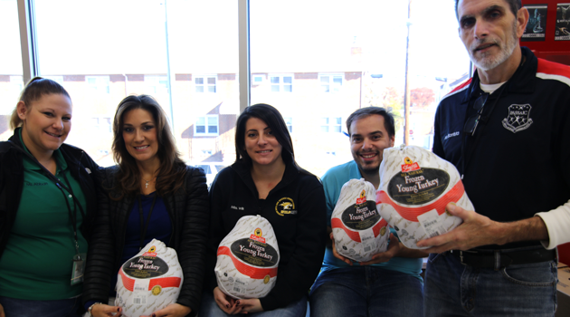 iLearn Schools' Annual DAY OF SHARING Thanksgiving Food Drive!