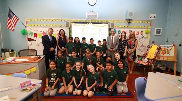 Mayor Alberto Santos visited Hudson ASCS