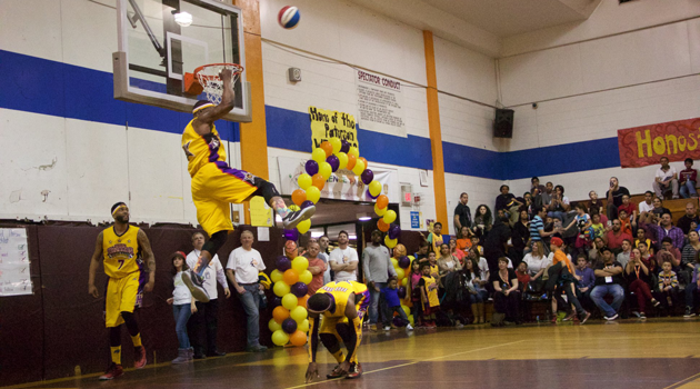 The Harlem Wizards team vs. iLearn Schools Basketball Show